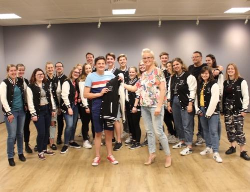 Naborn Bloemen nieuwe kledingsponsor Zinge!-Teens